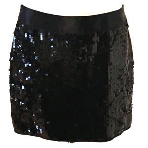 🌸EXPRESS Sequined Skirt NWT - size junior 0